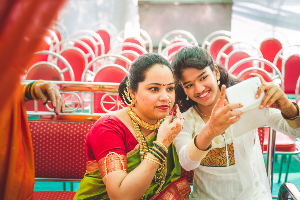 Mumbai-Candid-Wedding-Marathi-10