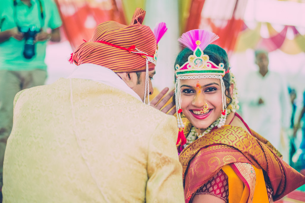 Mumbai-Candid-Wedding-Marathi-43